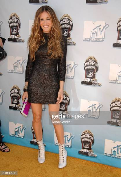 Actress Sarah Jessica Parker arrives to the 2008 MTV Movie Awards on June 1 2008 at the Gibson Amphitheatre in Universal City California