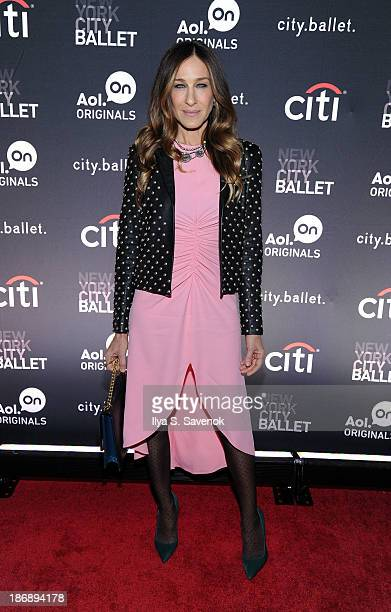 "Actress Sarah Jessica Parker attends the New York series premiere of ""city.ballet."" at Tribeca Cinemas on November 4, 2013 in New York City."