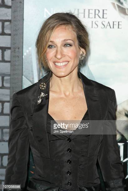 Actress Sarah Jessica Parker attends the premiere of 'Harry Potter and the Deathly Hallows Part 1' at Alice Tully Hall on November 15 2010 in New...