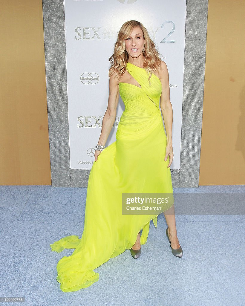 'Sex And The City 2' New York Premiere - Arrivals : News Photo