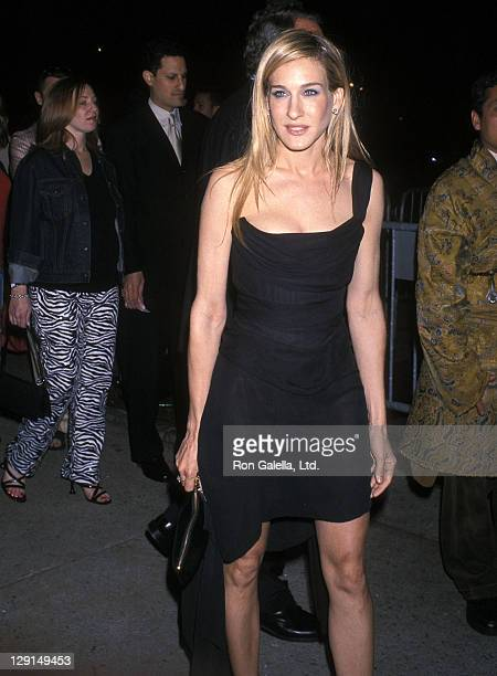 Actress Sarah Jessica Parker attends the Screening of the Season Four Premiere of 'Sex and the City' on May 30 2001 at Lincoln Center in New York City