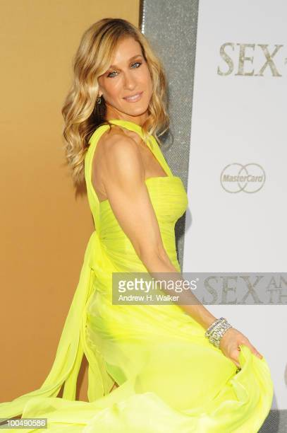 Actress Sarah Jessica Parker attends the 'Sex And The City 2' Premiere presented by MercedesBenz And Maybach at Radio City Music Hall on May 24 2010...