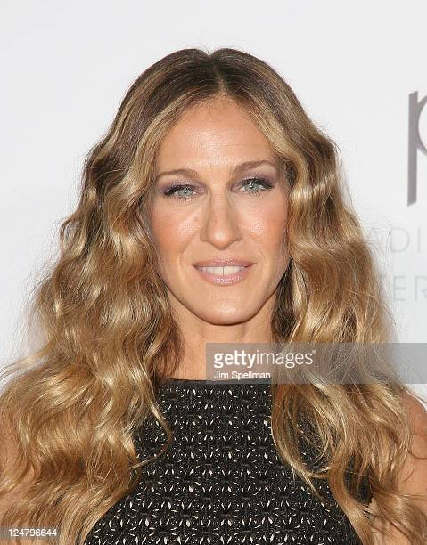Actress Sarah Jessica Parker attends The Weinstein Company The Cinema Society With QVC Palladium premiere of I Don't Know How She Does It at AMC...