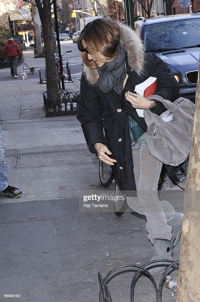 Candids: January 04, 2010 : News Photo
