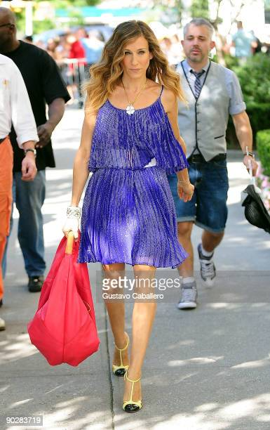 Actress Sarah Jessica Parker filming on location for Sex And The City 2on the Streets of Manhattan on September 1 2009 in New York City