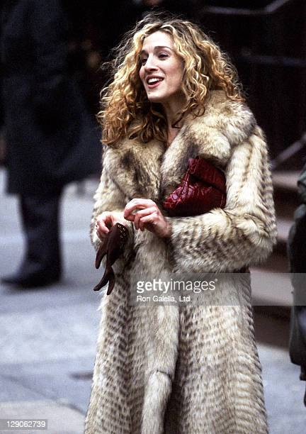 Actress Sarah Jessica Parker films Sex and the City on March 10 1998 at Madison Avenue in New York City