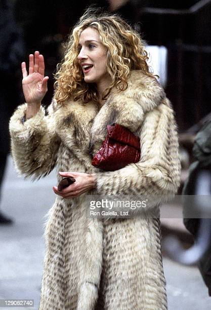 Actress Sarah Jessica Parker films 'Sex and the City' on March 10 1998 at Madison Avenue in New York City