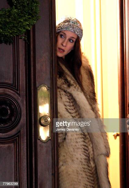 Actress Sarah Jessica Parker on location for Sex and the City The Movie on November 17 2007 in New York City
