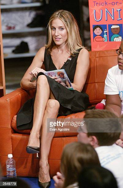 """Actress Sarah Jessica Parker participates in the """"Trick-or-Treat For UNICEF"""" and the NBA's Read To Achieve children's event at the NBA Store..."""