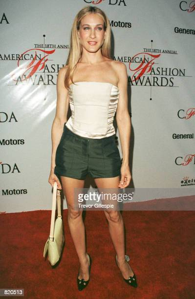 Actress Sarah Jessica Parker poses for the cameras as she arrives for the American Fashion awards in New York City June 2 1999 The annual event is...