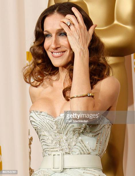 Actress Sarah Jessica Parker poses in the press room at the 81st Academy Awards at The Kodak Theatre on February 22 2009 in Hollywood California