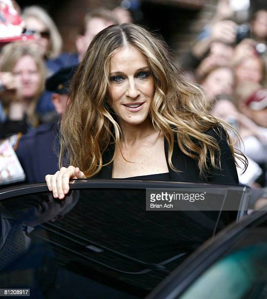 Actress Sarah Jessica Parker visits 'Late Show with David Letterman' on May 22 2008 at the Ed Sullivan Theatre in New York City