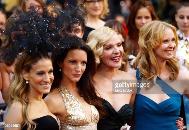 US actress Sarah JessicaParker US actress Kristin Davis English actress Kim Cattrall and US actress Cynthia Nixon pose as they arrive at the UK...