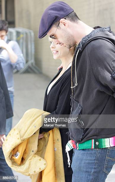 Actress Sarah Michelle Gellar and husband Freddie Prinze Jr are seen on the streets of Manhattan on May 12 2009 in New York City