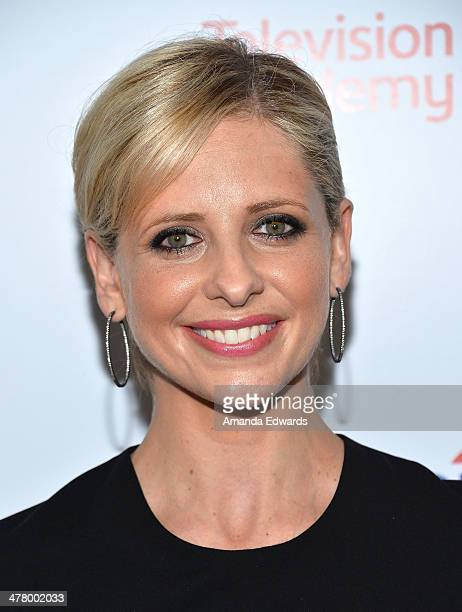 Actress Sarah Michelle Gellar arrives at the The Television Academy's 23rd Hall Of Fame Induction Gala at The Regent Beverly Wilshire Hotel on March...
