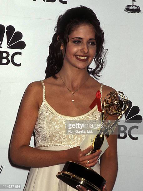 Actress Sarah Michelle Gellar attend the 22nd Annual Daytime Emmy Awards on May 19 1995 at the Marriott Marquis Hotel in New York City