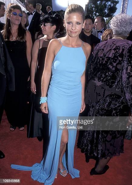 Actress Sarah Michelle Gellar attends the 51st Annual Primetime Emmy Awards on September 12 1999 at the Shrine Auditorium in Los Angeles California