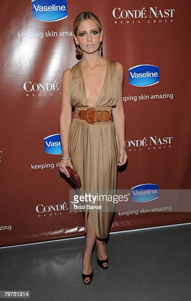 """Actress Sarah Michelle Gellar attends the Vaseline and Conde Nast Media Group """"Skin is Amazing"""" exhibit at The Glass House in the Chelsea Art Tower..."""
