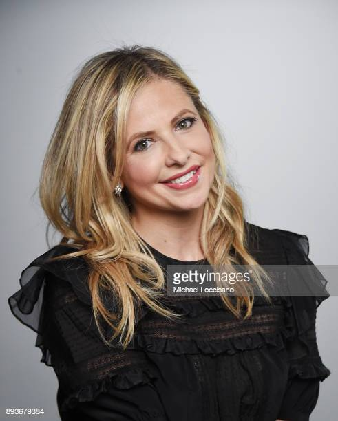 Actress Sarah Michelle Gellar visits the LinkedIn studios on December 15 2017 in New York City