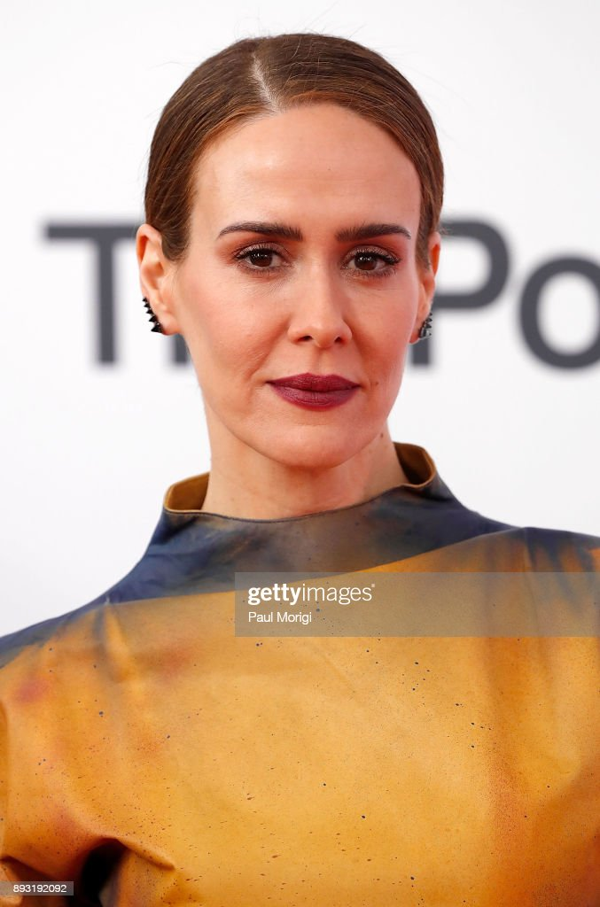 Actress Sarah Paulson arrives at 'The Post' Washington, DC Premiere at The Newseum on December 14, 2017 in Washington, DC.