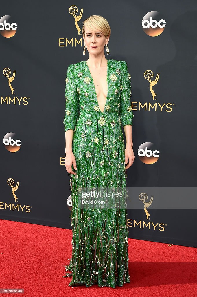 68th Emmy® Awards - Red Carpet : News Photo
