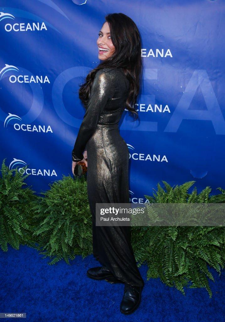 Actress Sarah Shahi attends the 2012 Oceana's SeaChange summer party on July 29, 2012 in Laguna Beach, California.