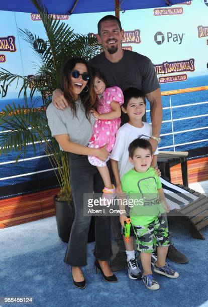 Actress Sarah Shahi Violet Moon Howey William Wolf Howey Knox Blue Howey and actor Steve Howey arrive for Columbia Pictures And Sony Pictures...