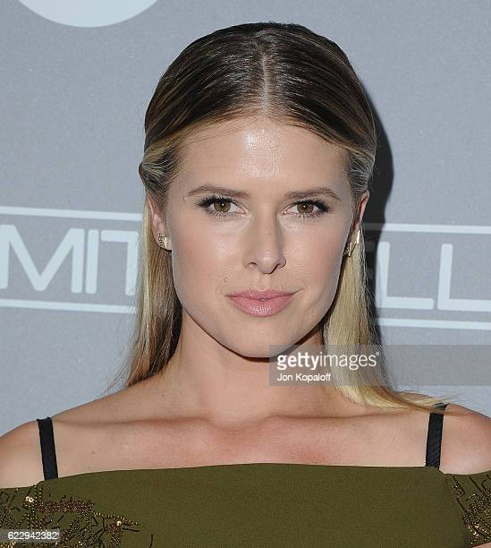 Actress Sarah Wright arrives at the 5th Annual Baby2Baby Gala at 3LABS on November 12 2016 in Culver City California