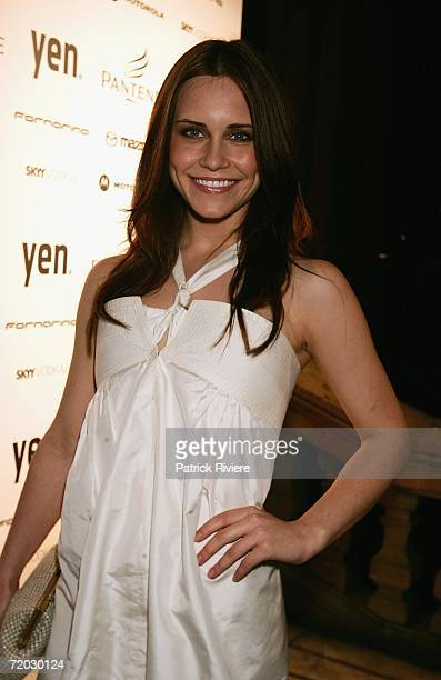 Actress Saskia Burmeister arrives at the inaugural Pantene Young Woman of the Year Awards at Sydney Town Hall on September 28, 2006 in Sydney,...