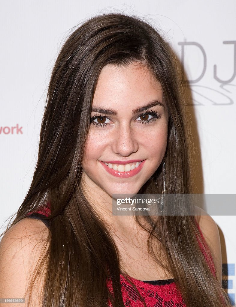 Actress Savannah Lathem attends the 2nd Annual Dream Magazine Winter Wonderland Party on November 18, 2012 in Los Angeles, California.