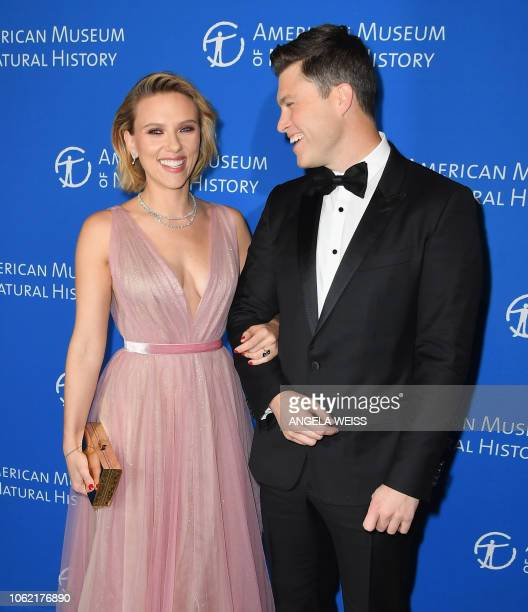 Actress Scarlett Johansson and boyfriend comedian Colin Jost attend the American Museum of Natural History's 2018 Museum Gala on November 15 2018 in...