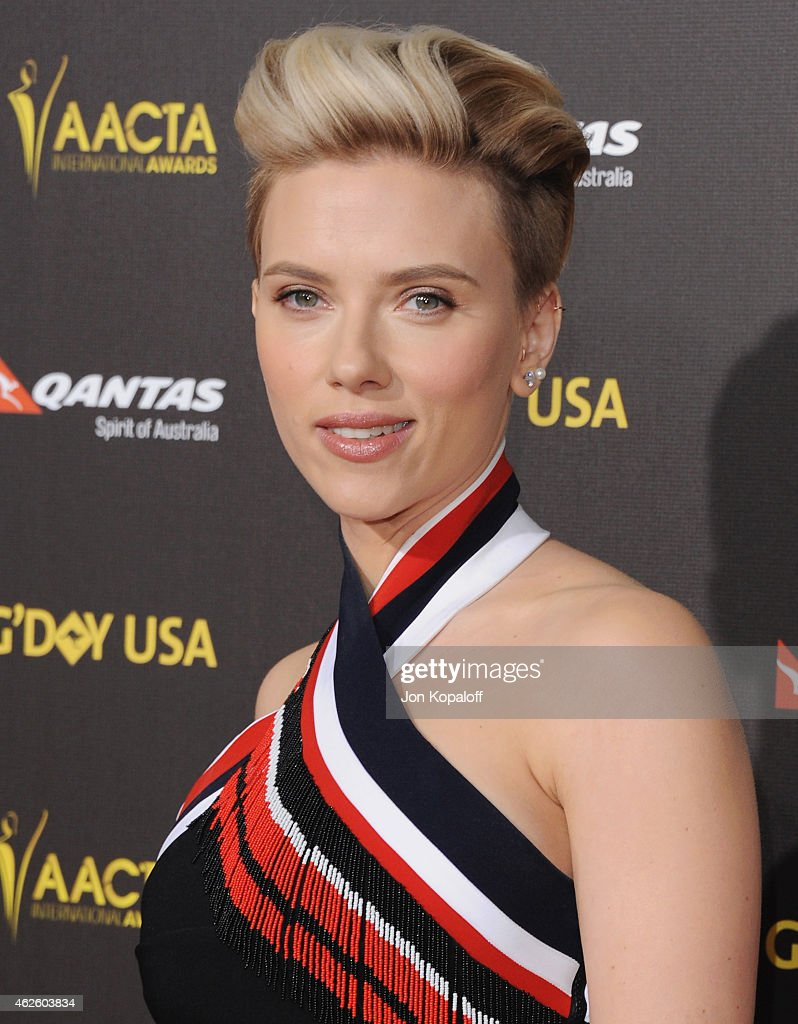 Actress Scarlett Johansson arrives at the 2015 G'Day USA Gala Featuring The AACTA International Awards Presented By Qantas at Hollywood Palladium on January 31, 2015 in Los Angeles, California.