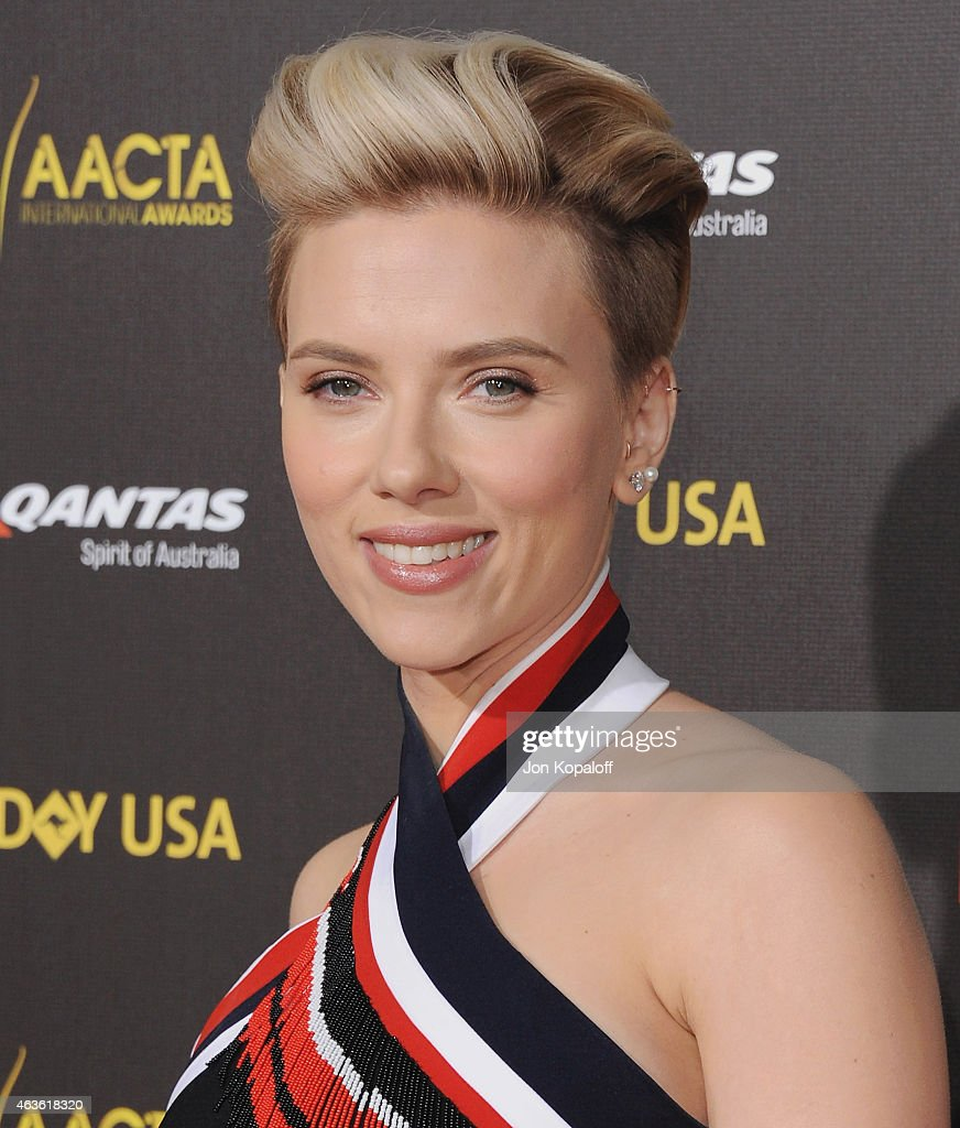Actress Scarlett Johansson arrives at the 2015 G'Day USA Gala Featuring The AACTA International Awards Presented By Quantas at Hollywood Palladium on January 31, 2015 in Los Angeles, California.