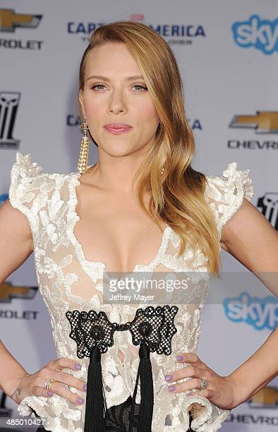 Actress Scarlett Johansson arrives at the Los Angeles premiere of 'Captain America The Winter Soldier' at the El Capitan Theatre on March 13 2014 in...