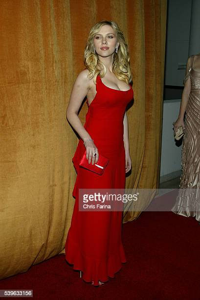 Actress Scarlett Johansson arrives at the Weinstein Company 2006 Golden Globe Awards after party held at Trader Vic's Restaurant at the Beverly...