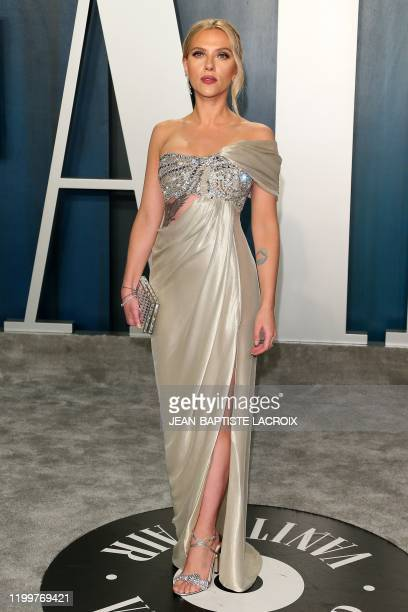 Actress Scarlett Johansson attends the 2020 Vanity Fair Oscar Party following the 92nd annual Oscars at The Wallis Annenberg Center for the...
