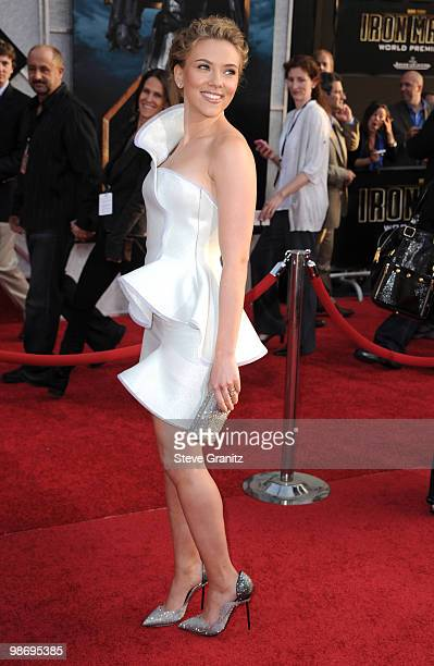 """Actress Scarlett Johansson attends the """"Iron Man 2"""" Los Angeles Premiere at the El Capitan Theatre on April 26, 2010 in Hollywood, California."""