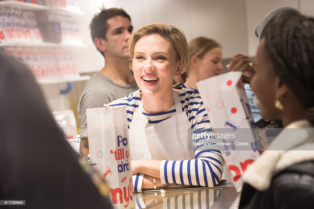 Scarlett Johansson Opens New Store Yummy Pop in Paris : News Photo