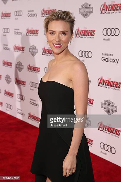 Actress Scarlett Johansson attends the world premiere of Marvel's 'Avengers Age Of Ultron' at the Dolby Theatre on April 13 2015 in Hollywood...