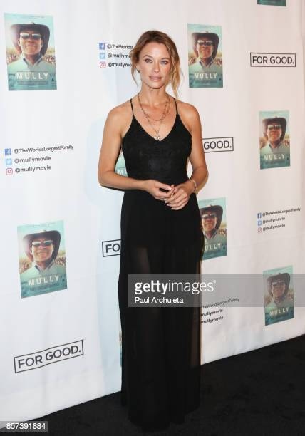 Actress Scottie Thompson attends the premiere of Graceful Light Entertainment's 'Mully' at Regal LA Live Stadium 14 on October 3 2017 in Los Angeles...