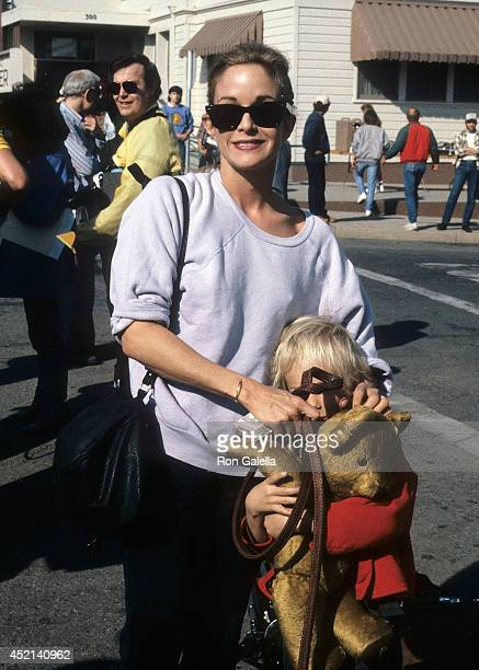 Actress Season Hubley and son Boston Russell attend the Taping of the 'Hands Across America' Campaign on January 18 1986 at Center Street in Taft...