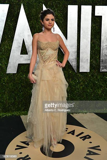 Actress Selena Gomez arrives at the 2013 Vanity Fair Oscar Party hosted by Graydon Carter at Sunset Tower on February 24 2013 in West Hollywood...