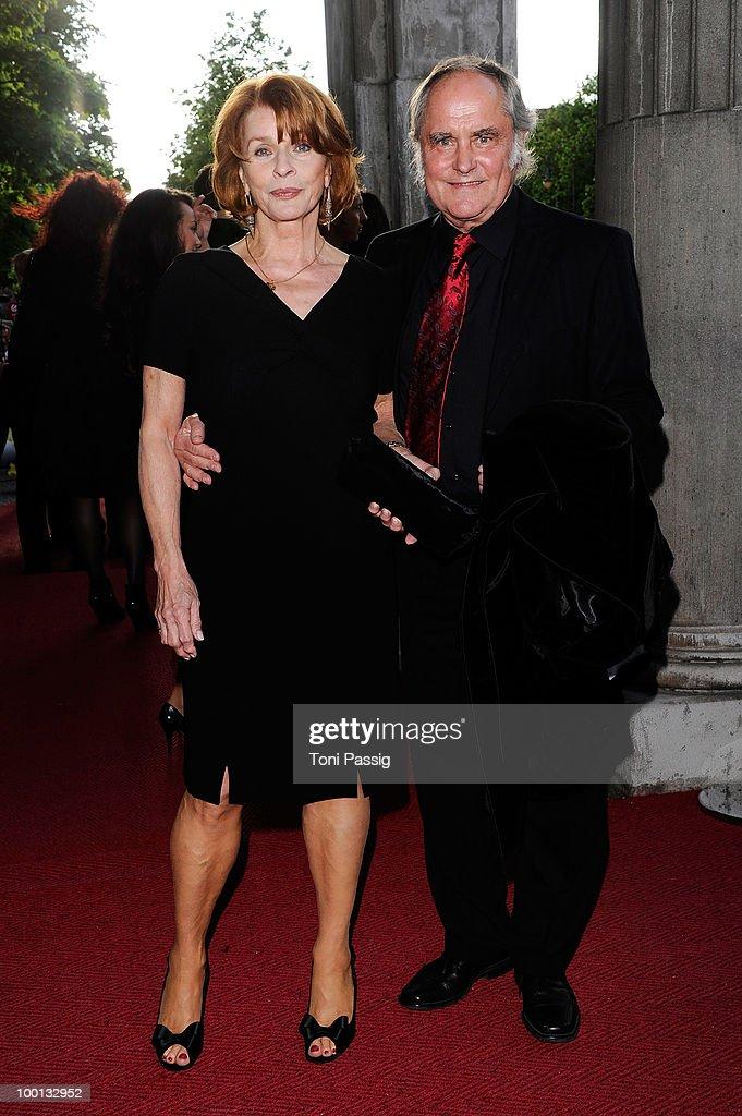 Bayerischer Fernsehpreis 2010 : News Photo