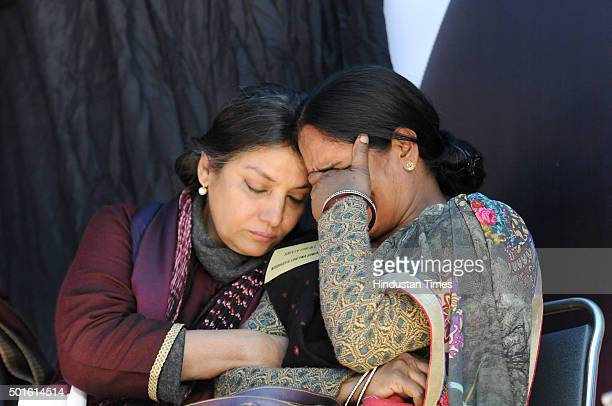 Actress Shabana Azmi consoles Nirbhaya's mother during the Nirbhaya Chetna Divas for speedy trial of the case on the third anniversary of the...