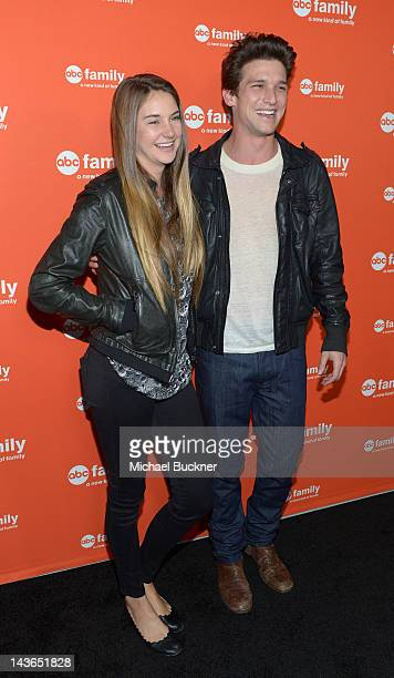 133 Shailene Woodley And Daren Kagasoff Photos And Premium High Res Pictures Getty Images In monday night's episode, good girls & boys, ricky (kagasoff) returns to town and, with his foster parents support, tells amy (shailene woodley) he. https www gettyimages com photos shailene woodley and daren kagasoff