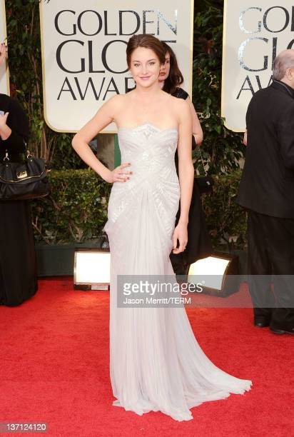 Actress Shailene Woodley arrives at the 69th Annual Golden Globe Awards held at the Beverly Hilton Hotel on January 15 2012 in Beverly Hills...
