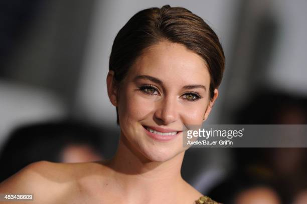Actress Shailene Woodley arrives at the Los Angeles Premiere of 'Divergent' at Regency Bruin Theatre on March 18, 2014 in Los Angeles, California.
