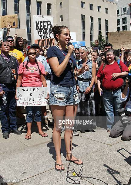 Actress Shailene Woodley speaks at a rally in support of a lawsuit against The Army Corps of Engineers to protect water and land from the Dakota...