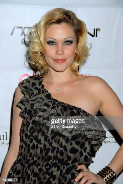 Actress Shanna Moakler arrives at 'Pieces ' Las Vegas featuring former Miss USA Shanna Moakler at Planet Hollywood Resort Casino on April 11 2008 in...