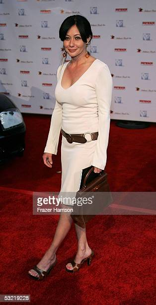 Actress Shannen Doherty arrives at the HollyRods Designcure 7th Annual Benefit and fashion show featuring designs by Pamela Dennis at the home of...